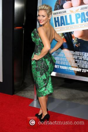Nicky Whelan Los Angeles Premiere of Warner Bros. Pictures' Hall Pass held at the Cinerama Theatre Los Angeles, California -...