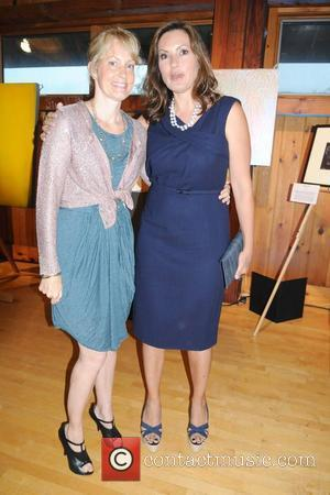 Alexandra Wentworth, Mariska Hargitay The Retreat's 16th Annual Artists Against Abuse Benefit Gala held at the Ross Lower School Fieldhouse...