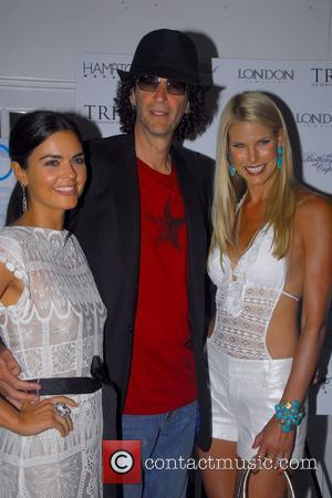 Katie Lee, Beth Ostrosky and Howard Stern