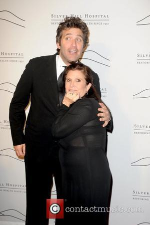 Craig Bierko and Carrie Fisher