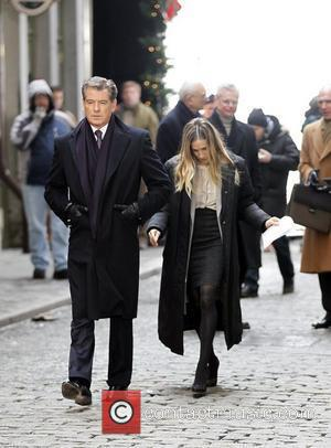 Pierce Brosnan and Sarah Jessica Parker on the set of their new movie 'I Don't Know How She Does It'...
