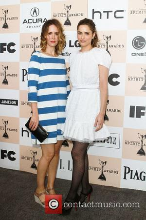 Sarah Paulson and Amanda Peet The 2011 Film Independent Spirit awards held at Santa Monica Beach - Arrivals  Los...