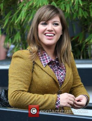 Britain Beat Kelly Clarkson In Bid For Jane Austen's Ring