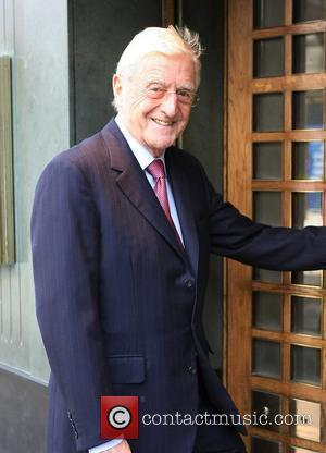 Michael Parkinson outside The Ivy restaurant London, England - 24.03.11