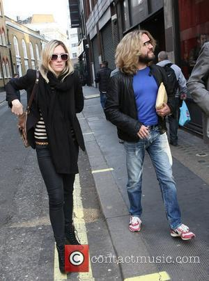 Justin Lee Collins Celebrities outside the Ivy restaurant London, England - 25.03.11