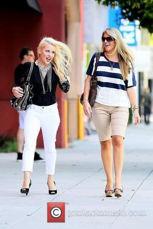 Jaimie Hilfiger (L.) and a friend stop by Robertson Blvd. to have lunch at Curvee Bakery Los Angeles, California –...