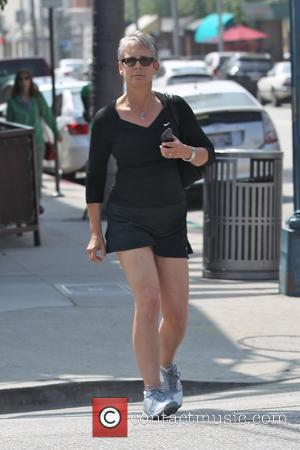 Jamie Lee Curtis out shopping in Beverly Hills Los Angeles, California - 06.05.11