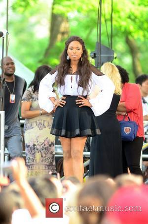 Jennifer Hudson Suffered From Food Poisoning