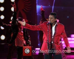 Jermaine Jackson performs on stage during the International India Film Academy's IIFA Rocks as a tribute to Michael Jackson 2011...