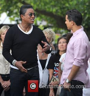 Jermaine Jackson's Tv Tears For Michael