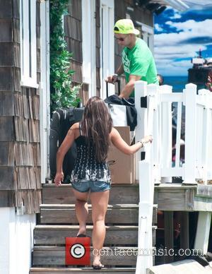 Vinny Guadagnino  The Jersey Shore cast move out of their home  Seaside Heights, New Jersey - 01.08.11