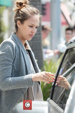 Jessica Alba Keeping Healthy During Second Pregnancy