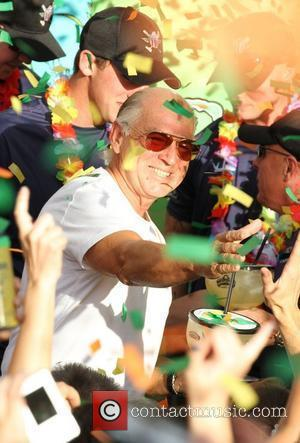 Jimmy Buffett Settles Trademark Lawsuit