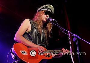 Safety Fears See Julian Cope Cancel Northern Ireland Gig