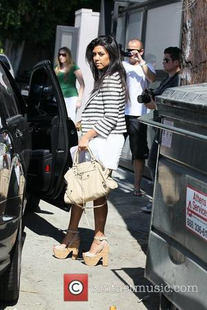Kourtney Kardashian departs the Vera Wang boutique after a bridesmaids dress fitting Los Angeles, California - 17.08.11