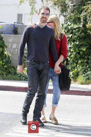 Michael Polish and Kate Bosworth Kate Bosworth keeps close to her boyfriend as they leave Lemonade restaurant after having lunch...