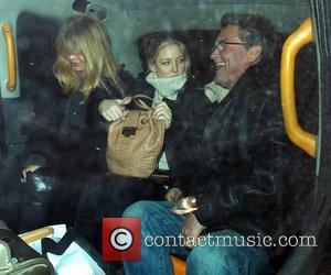 Kate Hudson, Goldie Hawn and Kurt Russell