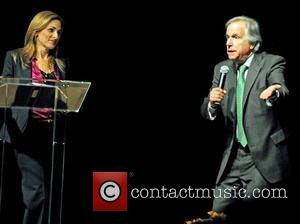 Marlee Matlin and Henry Winkler  Book Signings during the 22nd Annual Bank of America Festival of Arts, Books and...