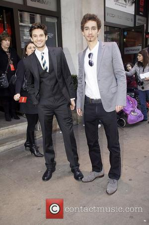 Robert Sheehan and Ben Barnes