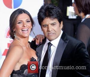 Barbara Bermudo and Eric Estrada 2011 Latin Grammy's at Mandalay Bay Resort and Casino - Arrivals Las Vegas, Nevada -...