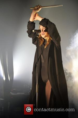 Lykke Li Apologises For Cancellations