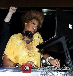 Macy Gray DJs at Blush Nightclub at The Wynn Resort and Casino  Las Vegas, Nevada - 12.03.11