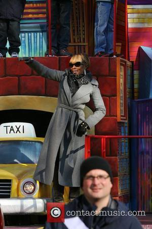 Mary J Blige and Macy's