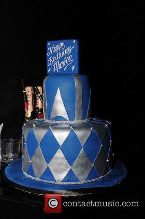 Marlon Wayans's birthday cake Marlon Wayans celebrates his 39th birthday at Mansion Nightclub Miami Beach, Florida - 28.07.11