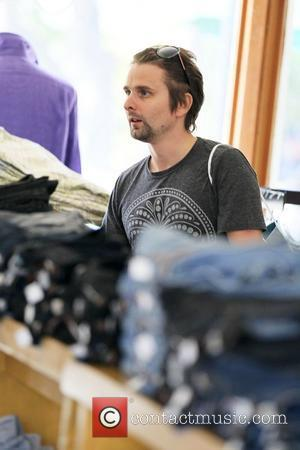 British rocker, Matt Bellamy and his mother shop at various boutiques in Cross Creek Center and pick up iced drinks...