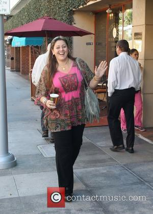 Camryn Manheim outside the Bedford Medical building in Beverly Hills Beverly Hills, California - 21.11.11