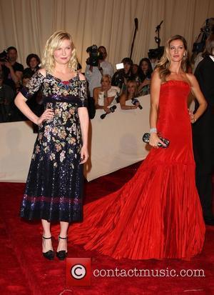 Kirsten Dunst and Gisele Bundchen