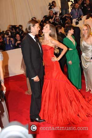 Tom Brady, Gisele Bundchen Alexander McQueen: 'Savage Beauty' Costume Institute Gala at The Metropolitan Museum of Art  New York...