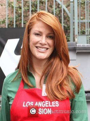 Angie Everhart Los Angeles Mission Easter for the Homeless held at the Los Angeles Mission Los Angeles, California - 22.04.11