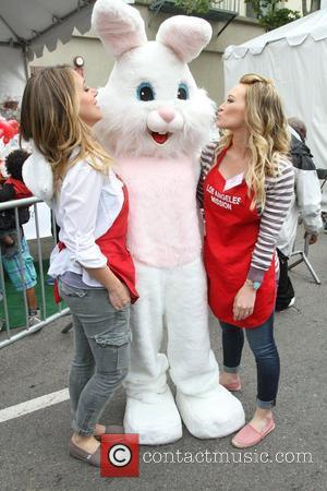 Haylie Duff and Hilary Duff Los Angeles Mission Easter for the Homeless held at the Los Angeles Mission Los Angeles,...