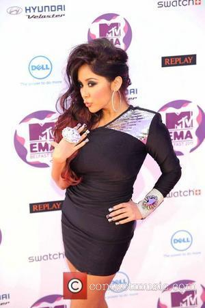 Snooki  The MTV Europe Music Awards 2011 (EMAs) held at the Odyssey Arena - Arrivals Belfast, Northern Ireland -...