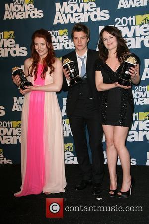 Bryce Dallas Howard, Elizabeth Reaser and Xavier Samuel