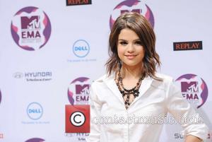 Selena Gomez, Snow Patrol and Mtv Emas