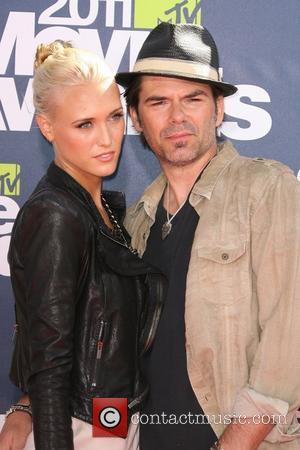 Pollyanna Rose and Billy Burke  2011 MTV Movie Awards - Arrival held at the Gibson Amphitheatre  Los Angeles,...