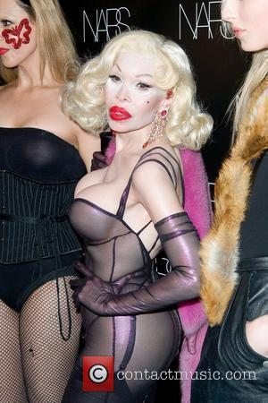 Amanda Lepore and Guests Nars Cosmetics launches Makeup your mind: Express Yourself - Arrivals New York City, USA - 24.05.11