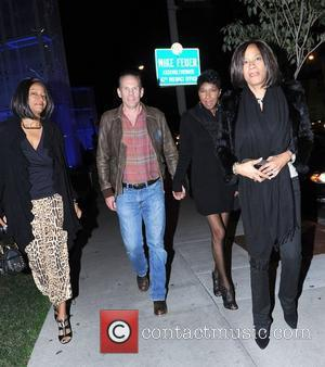 Natalie Cole arrives at BOA Steakhouse Los Angeles, California - 27.01.11