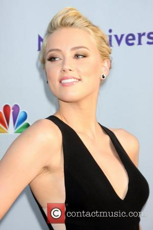 Amber Heard 'Came Out' To Help Other Lesbians