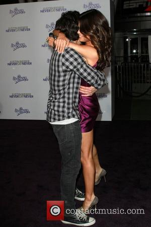 Allstar Weekend, Justin Bieber and Selena Gomez