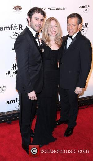 Chelsea Clinton And Husband Hit The Red Carpet