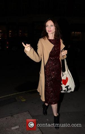 Ellis-bextor Pregnant With Third Child