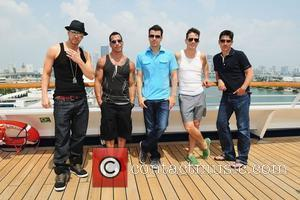 Donnie Wahlberg, Joey Mcintyre, Jonathan Knight and Jordan Knight