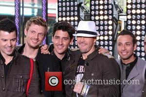 Jordan Knight, Donnie Wahlberg, Howie Dorough, Jonathan Knight and Nick Carter