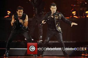 Joey Mcintyre, Jordan Knight and New Kids On The Block