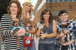 Sandra Bernhard, Beth Stern, Sara Gore, Josh Flitter Beth Stern hosts the Celebrity Rescue Rally Pet Adoption Event - Mutt-i-grees...