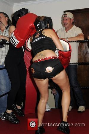 Nadya Octomom Suleman and Cassandra Patience Andersen  Big Bang Celebrity Boxing match  Ft Lauderdale, Florida - 20.08.11 ,