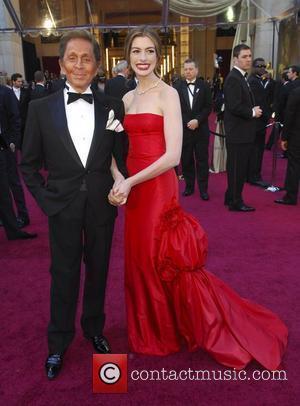 VALENTINO, Anne Hathaway, Academy Awards and Kodak Theatre
